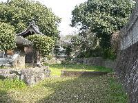枯渇した湧水地(熊本市亀井)